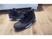 2 Pairs of Jordan basketball boots