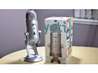 BLUE YETI MIC - VERY GOOD CONDITION