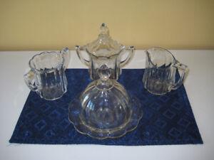 Vaisselle antique à vendre