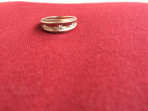 Men's Gold ring with 3 diamonds