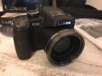 MINT - Panasonic LUMIX FZ38 Bridge Digital Camera, amazing condition!