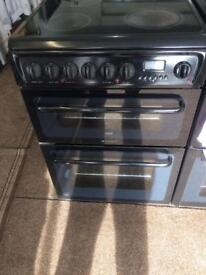 Black Hotpoint 60cm ceramic hub electric electric cooker grill & double fan oven with guarantee