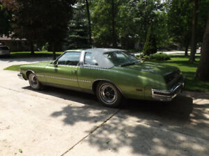 1976 Buick Riviera - Green - Low KM - One Owner