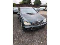 02-06 Mercedes c220 Cdi 2.2 auto green leather OM611.962 breaking