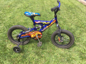 Kids Bike Hot Wheels ATB - Velo Enfant Hot Wheels ATB