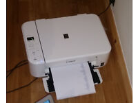 Wireless Canon MG3150 Printer Scanner with USB cable and mains plug.