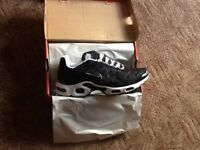 Brand new and boxed tns uk size 10 £40