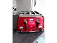 Delonghi micalite kettle and toaster