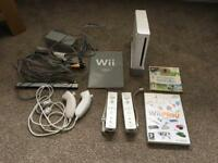 Wii Bundle (more pics with accessories & games)