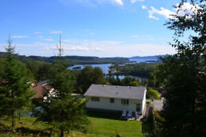 3 Bedroom and 2 Bathroom Bungalow with an Amazing View