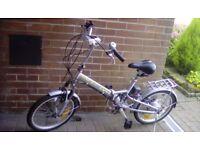 Powacycle Lynx electric folding bike.
