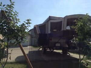 2013 camping tent trailer