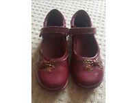 Clarks girls shoes 10.5 E