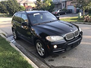 2009 BMW X5 is a DIESEL ,DVD player, Panaromaic,7 Passengers