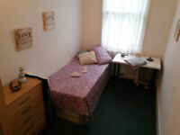 AWESOME ROOM IN MILE END