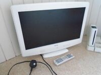 BUSH TV 19 inch - Small White - Flat Screen - Was used for gaming Wii