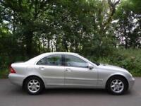 2003 53 Mercedes C200 2.1TD auto 4 Door Elegance SE..LOW MILES..DRIVES SUPERB !!