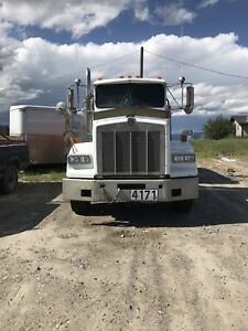2001 Kenworth T800 -Ready to work. Turn Key