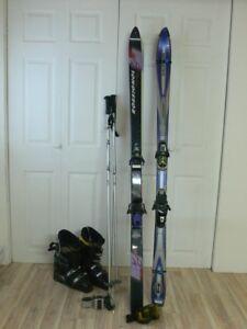 Ski(s) et bottes de ski alpin chauffantes pour homme.