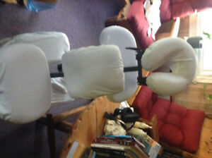 Chaise à massage avec sac de transport à roulette