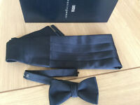 MARKS & SPENCER BLACK SATIN CUMABAND & MATCHING BOW TIE.