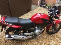 Yamaha YBR 125 2015 red motorcycle learner legal