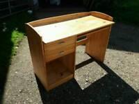 Modern pine desk with draws