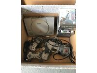 Ps1 with games and gun / 2 controllers