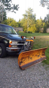 2000 Chevrolet 3/4 ton truck with plow