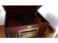 "Retro ""VINTAGE COLLECTION"" Gramophone, turntable, CD and radio, 27cm H x 49 Wcm x 47cm D"