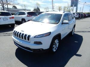 2016 Jeep CHEROKEE LIMITED LOW KM!!  LOADED!  V6 WOW!!!