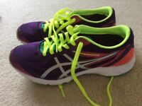 ASICS GEL-HYPER SPEED TRAINERS SIZE 6. Almost NEW