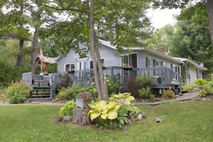 BEAUTIFUL COTTAGE RENTAL AVAILABLE FOR ONE MORE WEEK!