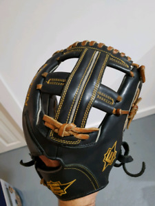 Easton baseball\softball glove