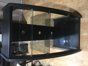 DVD-Player + Amply Table