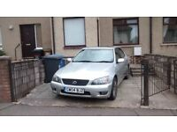 Lexus is 200 se, petrol,6 gears,
