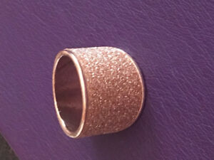 """Sparkly """"Rose Gold"""" Costume Ring!"""