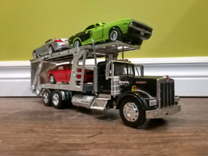 1/32 Kenworth car hauler with cars
