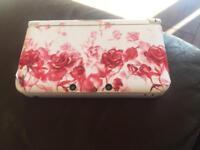 White Nintendo 3DS XL