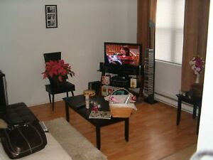 Students! Available Sept 1st, 2 Bathrooms Huge Sun Deck