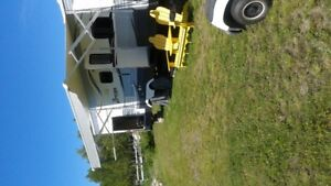 2015 zinger 25 ft rear outside kitchen fully equipped
