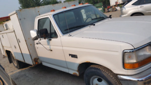 Ford 350 duelly . Service mechanic truck