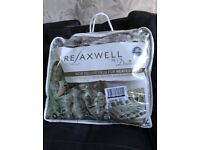 Relaxwell heated throw