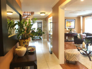 FURNISHED HOME STEPS FROM SHERIDAN, SHOPPING AND TRANSIT