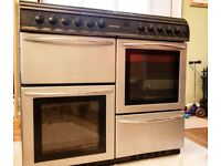 Range cooker - needs work hence low price