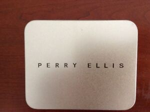 PERRY ELLIS GENUINE LEATHER WALLET