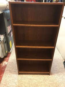 Small Bookshelf in great condition!