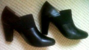 cute Browns black ankle boots, size 6
