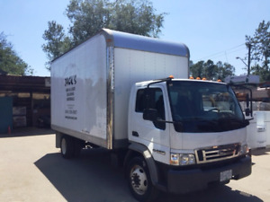 2007 Ford LCF Cube Truck