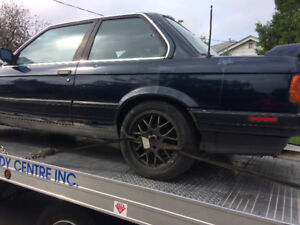 BMW e30 325is coupe